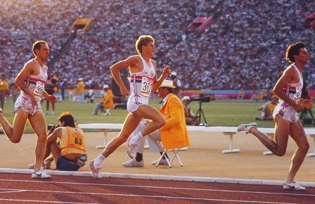 Steve Ovett, Steve Cram y Sebastian Coe en la final de los 1500 m de los Juegos Olímpicos de Los Ángeles 1984