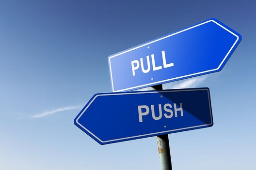 Pull vs Push (Fuente Marketing de Guerrilla)
