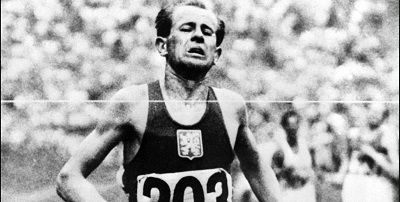 Emil Zátopek - Vencedor en Helsinki en 1952 del 5000, 10000 y maratón