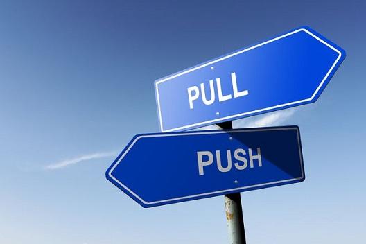 Pull vs Push (Fuente Marketing de Guerrilla)